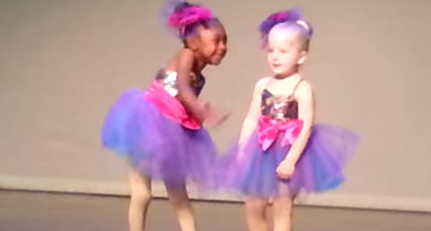 Esta bailarina tiene el ritmo en el cuerpo